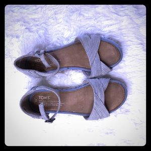 Toms strappy sandals girl shoes